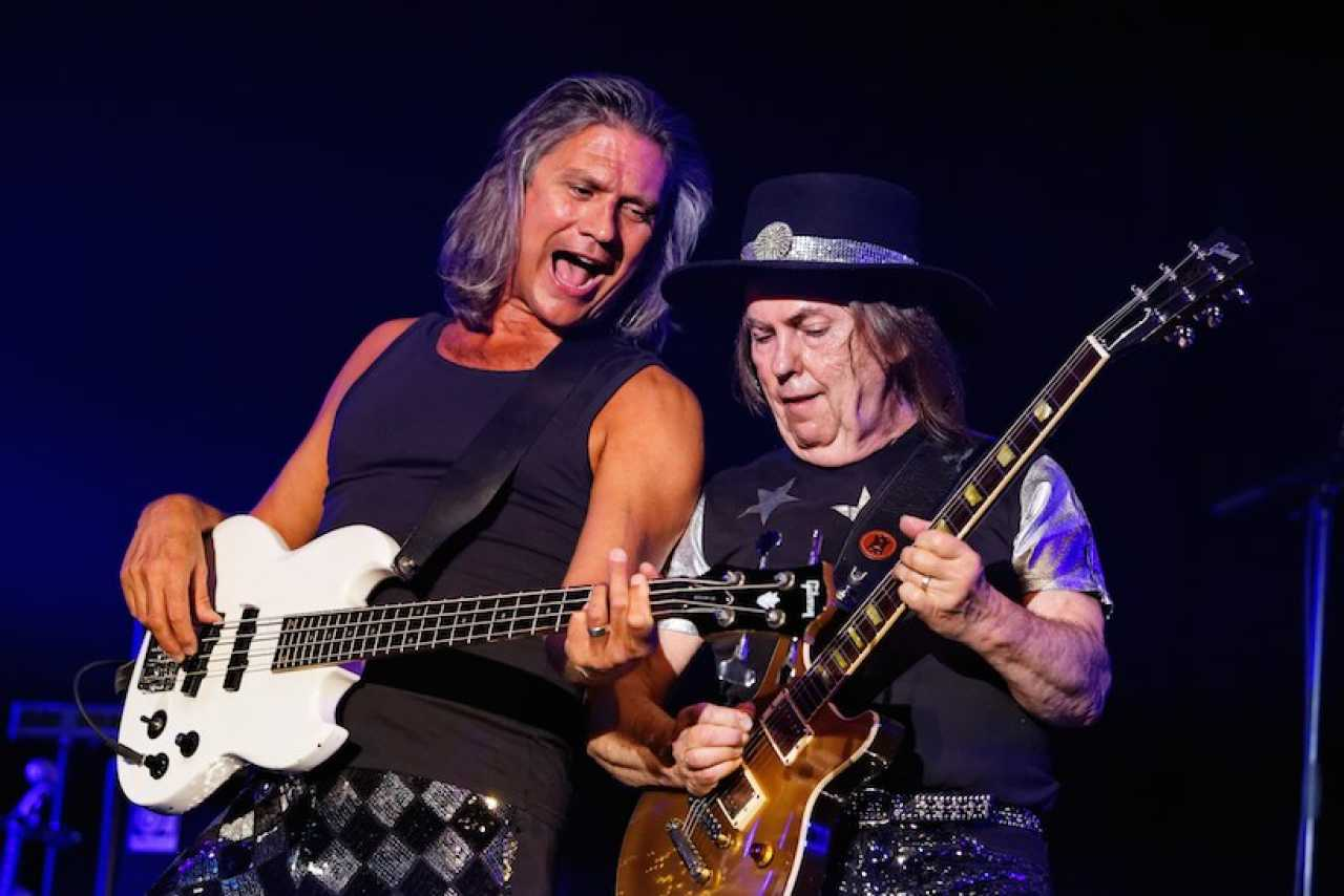 Slade + support:…