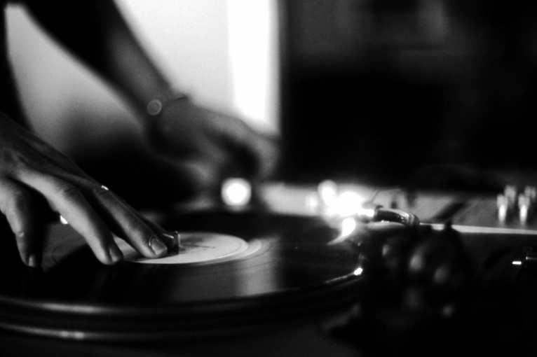 Vinyl Night: DJ PuPu