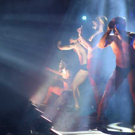 The Roosters – Pánská kabaretní a burlesque show