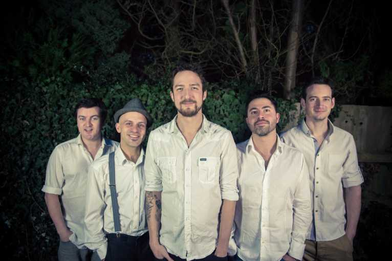 Frank Turner & The Sleeping Souls + support: PUP + Xylaroo