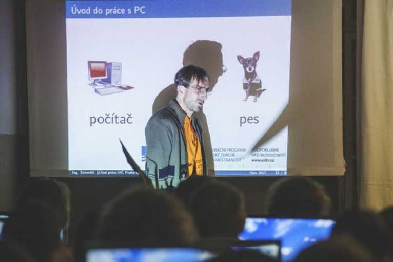 Petr Vaněk: Úvod do práce s počítačem – Rekvalifikační kurz