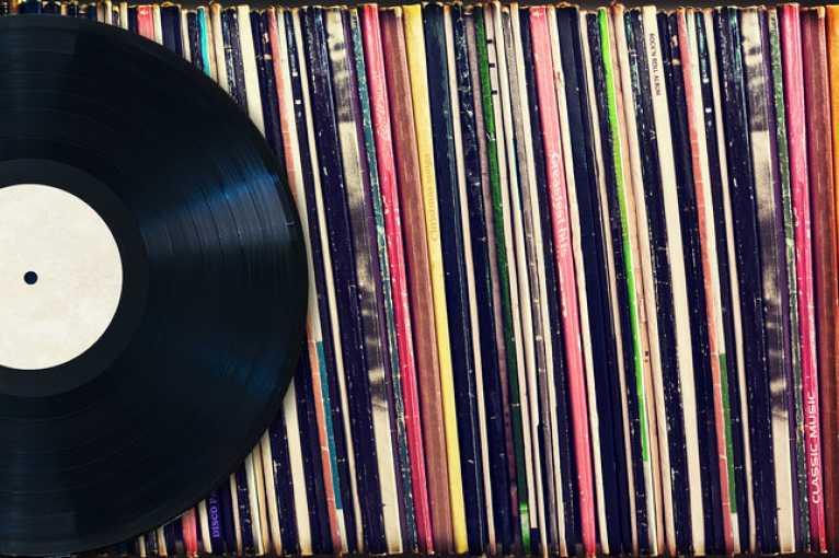 Burza vinylových desek