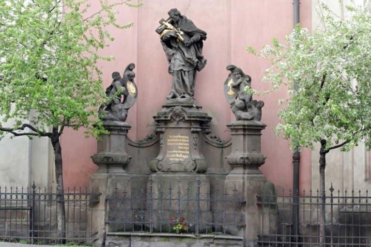 Příběhy soch I: Svatý Jan Nepomucký a jeho umělecká vyobrazení