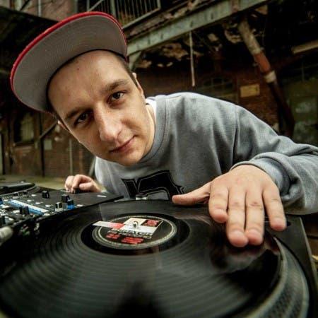 DJ Qmak