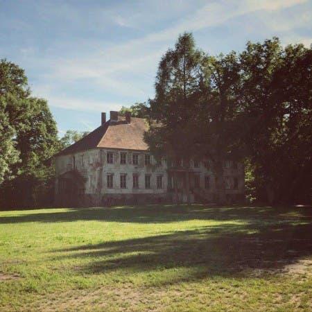 Pałac w Debrznicy
