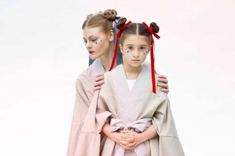 Výšivka na míru v ateliéru La Femme Mimi