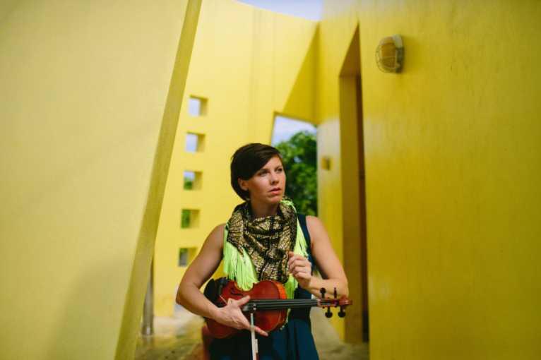 Sarah Neufeld + Resina