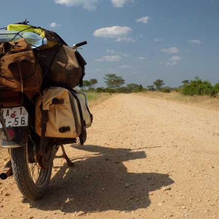 Martin Magnusek: Život na motorkách. Čezetou kolem Afriky