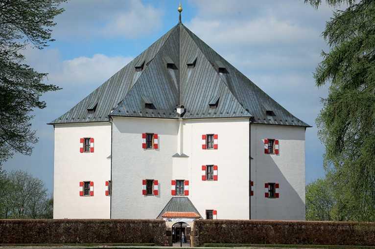 Ferdinand II. Tyrolský a letohrádek Hvězda