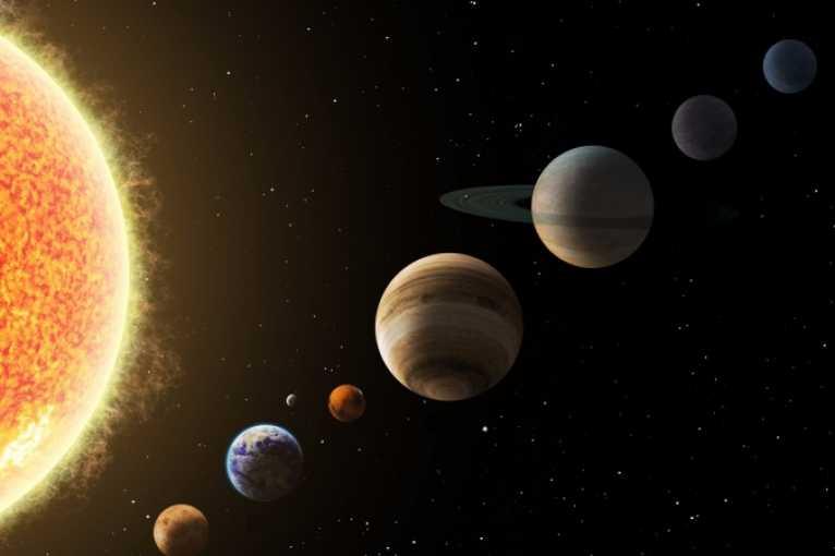 Napříč sluneční soustavou