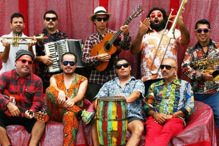 Chico Trujillo + support: La Mula Santa