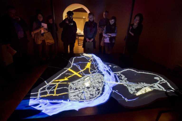 Komentovaná prohlídka výstavy Praha Karla IV. – středověké město