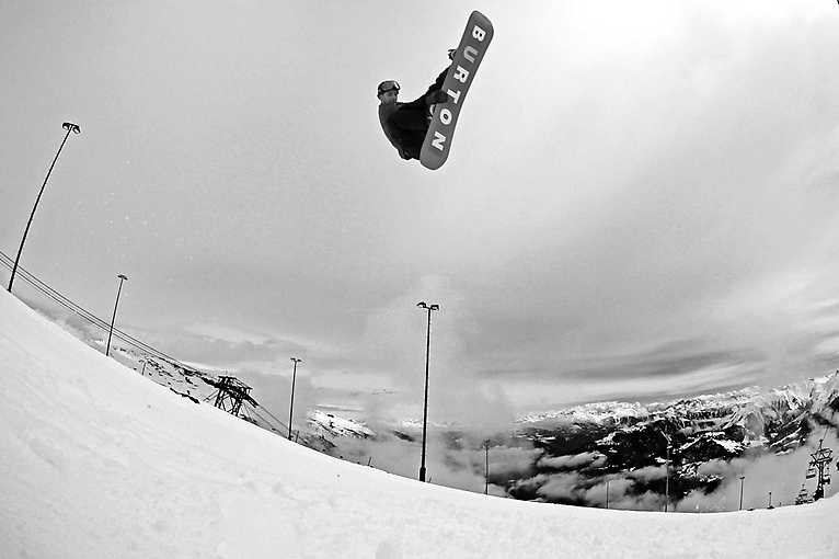 Premiéra snowboardového filmu Stay Tuned