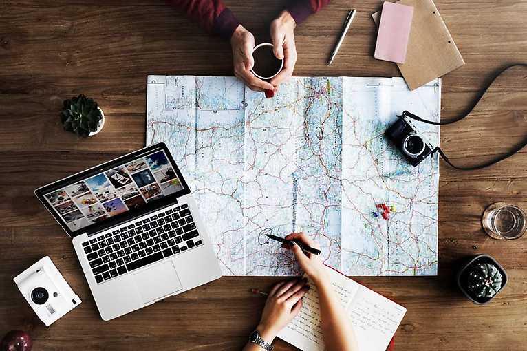 Petr Novák a Matouš Vinš: TravelHacking a digitální nomádství