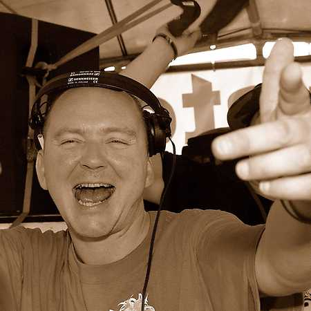 DJ Barney Millah