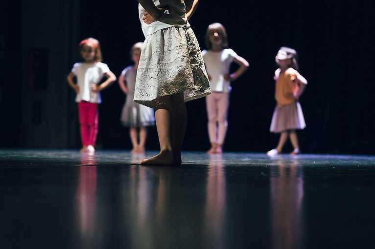 Hýbánky – Ateliér – dramaťáček pro nejmenší děti od 4 do 6 let