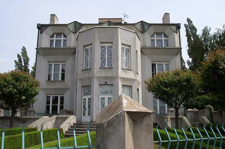 Petr Kučera: Architektura kolem náplavek