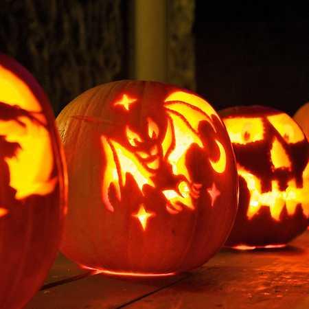 Halloweenský rej masek
