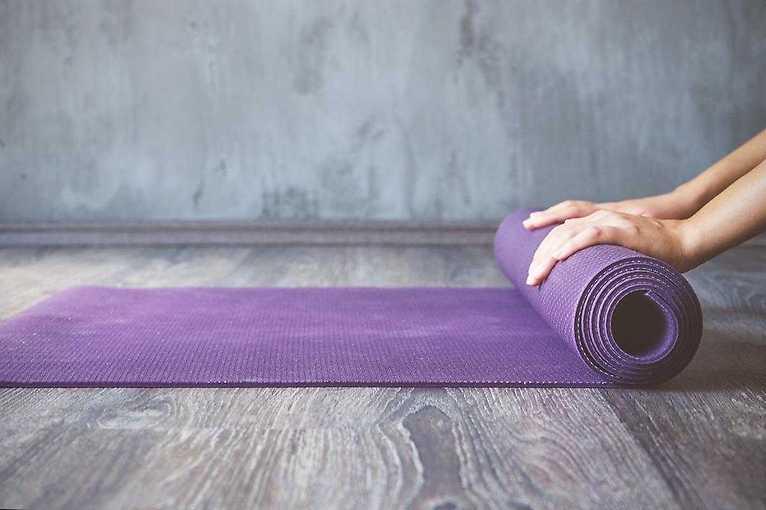 Zajęcia Vinyasa Yoga na Żoliborzu
