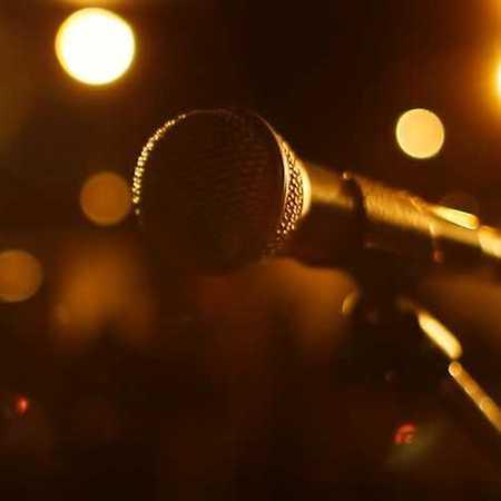 Buď sám sebou!: škola populárního zpěvu
