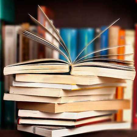 Uvedení nových knih prozaika Václava Grubera Domino a Hlavně ať ti udělá dítě