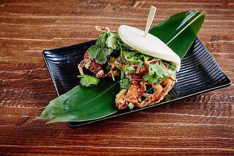 Asijská kamikaze: Momoichi vaří ve 4p