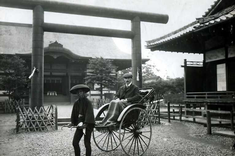 Joe Hloucha – sběratel a milovník Japanu v kontextu sbírek Národní galerie Praha (Jana Ryndová)