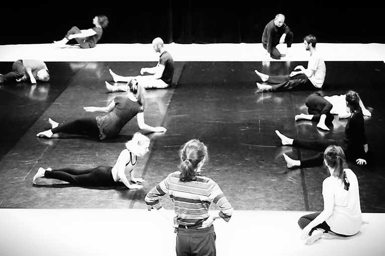 Contemporary Dance – Lessons For Adults
