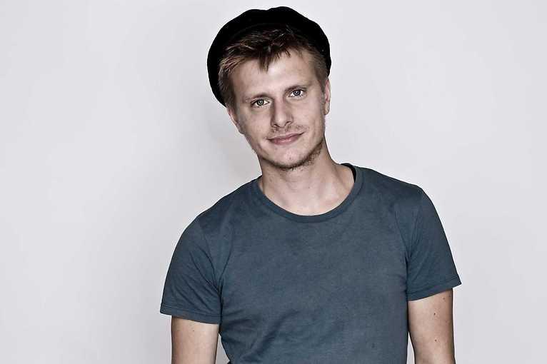 Moritz Neumeier + support: Hinnerk Köhn