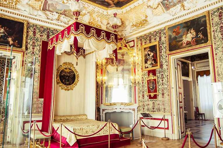 Pokazy i gawędy w pałacu wilanowskim
