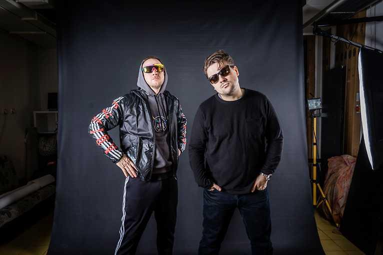Hugo Toxxx + James Cole + support: DJ Doemixxx
