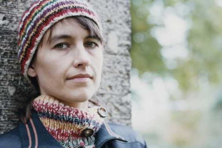 Melodie & Rhythmus Neustart: Maike Rosa Vogel + Tupamaro