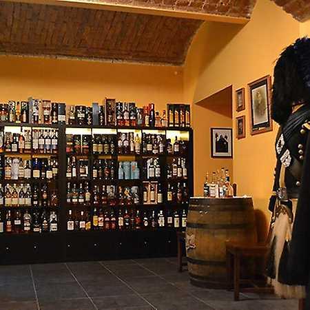 Whisky & Kilt