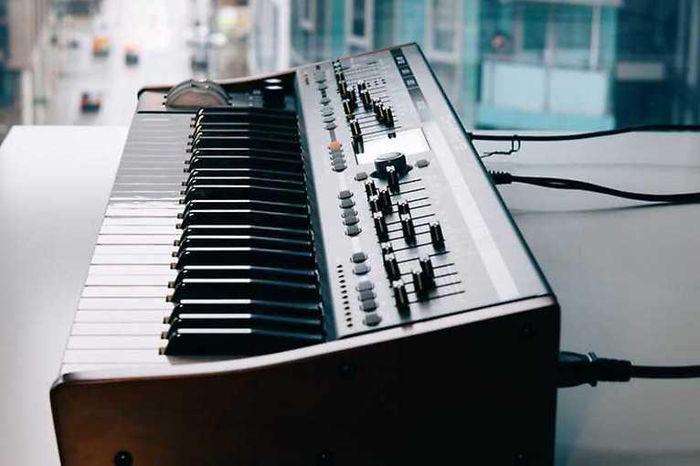 Oramics Sound Lab: DIY Synth