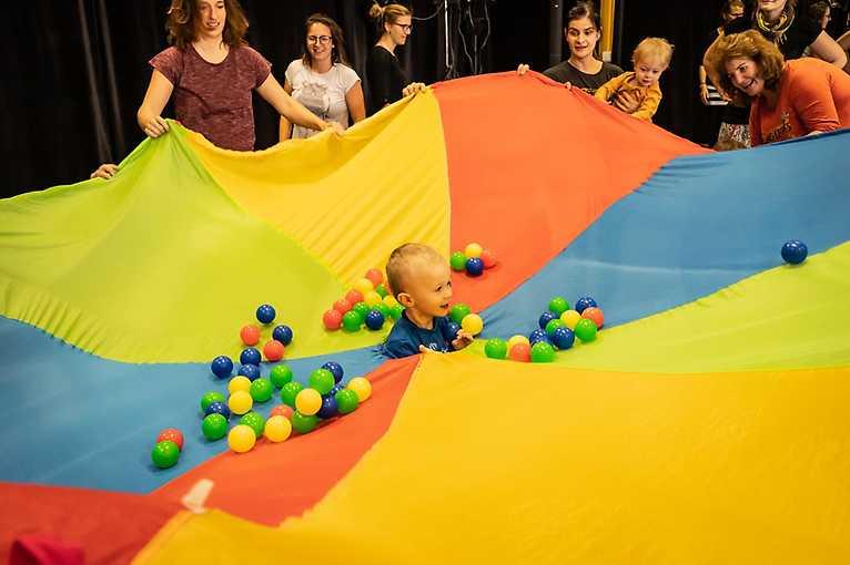 Bleší cirkus (od 18 měsíců dítěte)