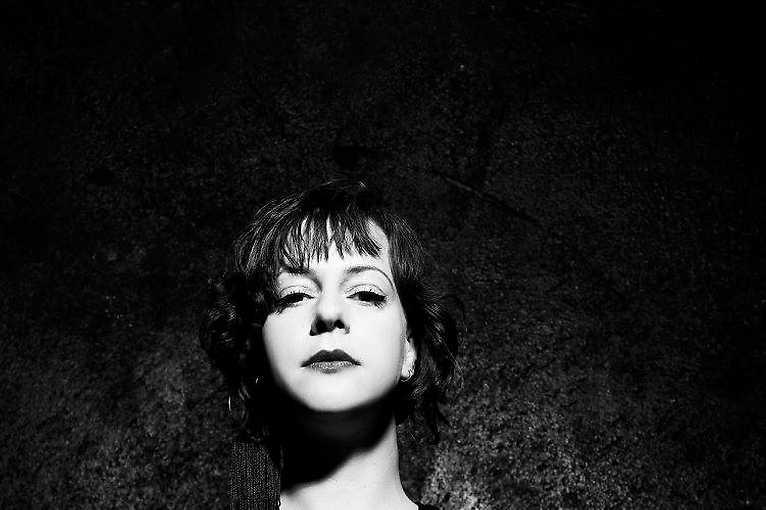 Gegen Paradise: Esther Dujin + Lars Huismann + More