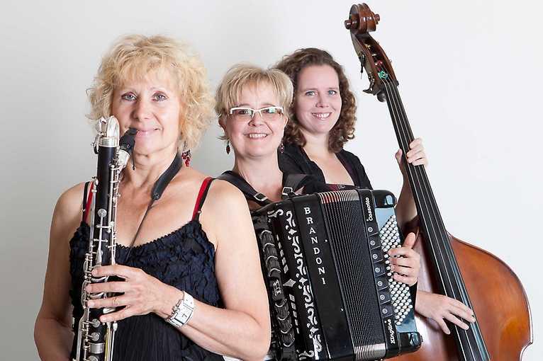 Klezmers Techter + Kaschauer Klezmer Band + Harfičky