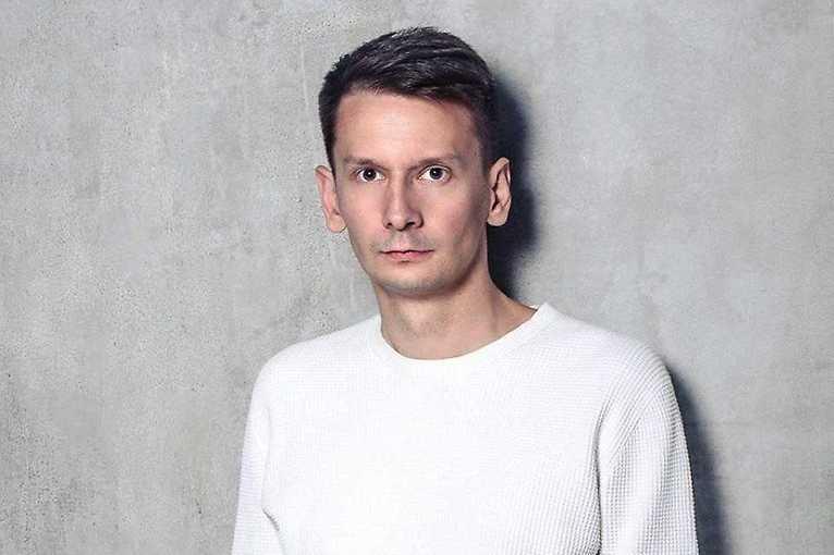 Aleksandar Govedarica: Autorský dokument & Sales