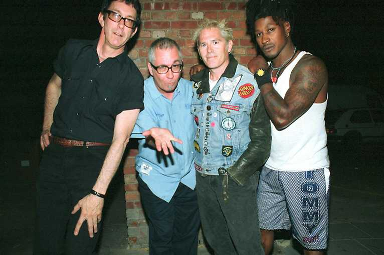 Dead Kennedys + support: Haggard Cat