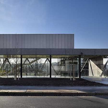 Ústav moderní architektury