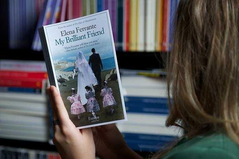 Alice Flemrová o Eleně Ferrante