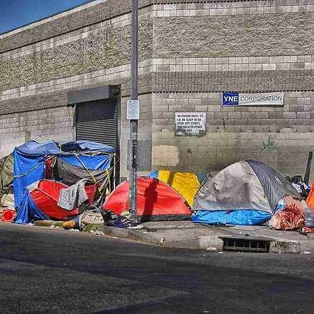 Karolína Kripnerová: Má architekt co říci k bezdomovectví?