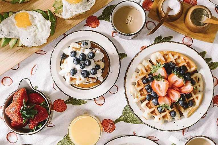 Březnová snídaně sbližuje