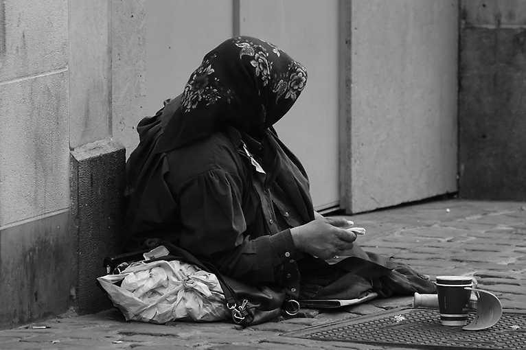 Chudoba a dluhy v Česku – mantinely sociální politiky