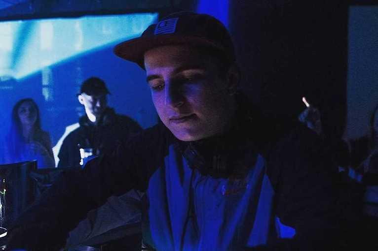 Motu + DJ Alyaz + Mr Be