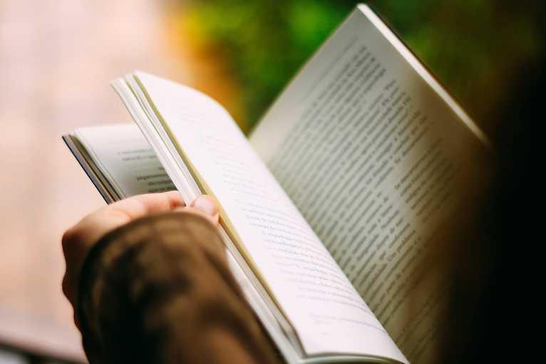 Khamoro: Literární čtění Gavoro