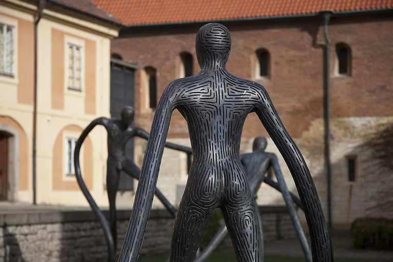 Podoby objektu: Stručné dějiny poválečného sochařství