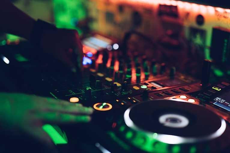 Sunday Rhythm: DJ AC One
