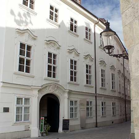 Apponyiho palác - Múzeum vinohradníctva