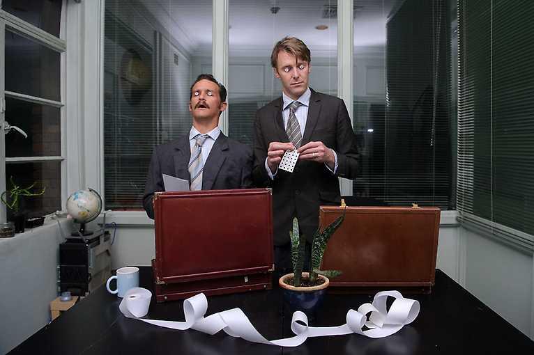 Mad Office / Büro Absurd